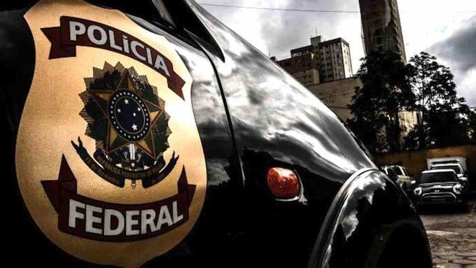 carro da polícia federal