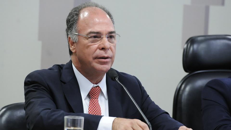 Prorrogação do auxílio emergencial pode ser anunciada na terça: senador Fernando Bezerra em pronunciamento