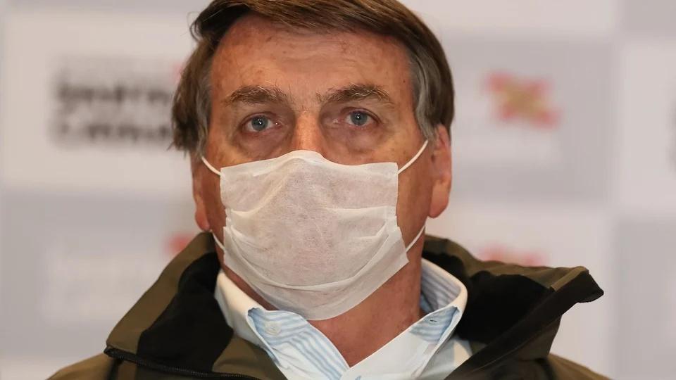 Medida provisória do auxílio emergencial 2021: Jair Bolsonaro usando máscara