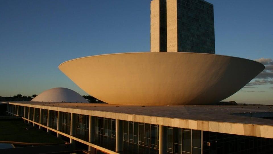 Câmara aprova ampliação de alcance do auxílio emergencial de R$ 600: Palácio Nereu Ramos