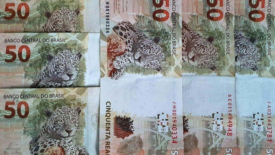 PIX: cédulas de 50 reais