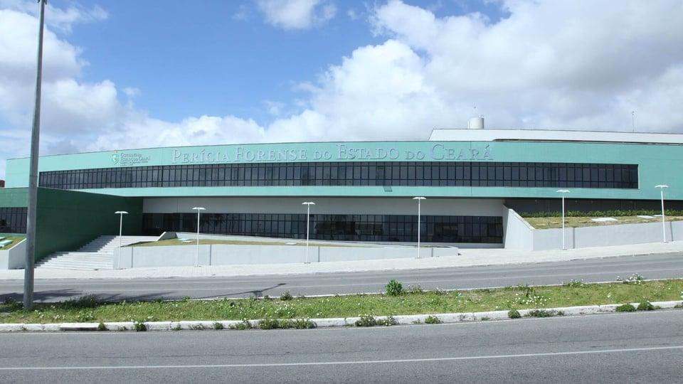 Concurso Pefoce: a foto mostra a vista frontal do prédio da Perícia Forense do Estado do Ceará