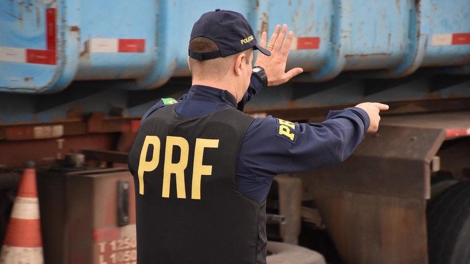 Confira 11 razões para fazer o concurso PRF 2021, agente da PRF