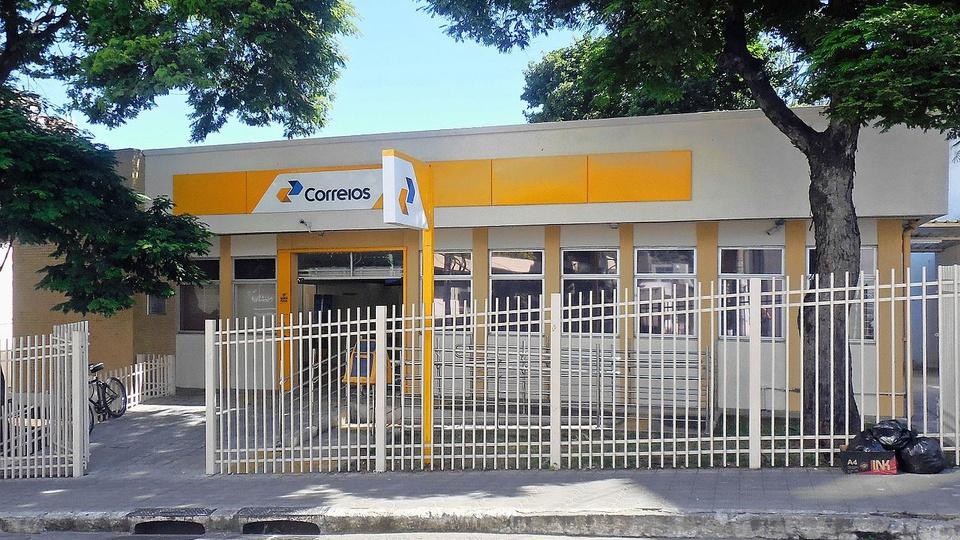 Correios oferecem opção para limpeza de nome do consumidor no Serasa, agência dos Correios