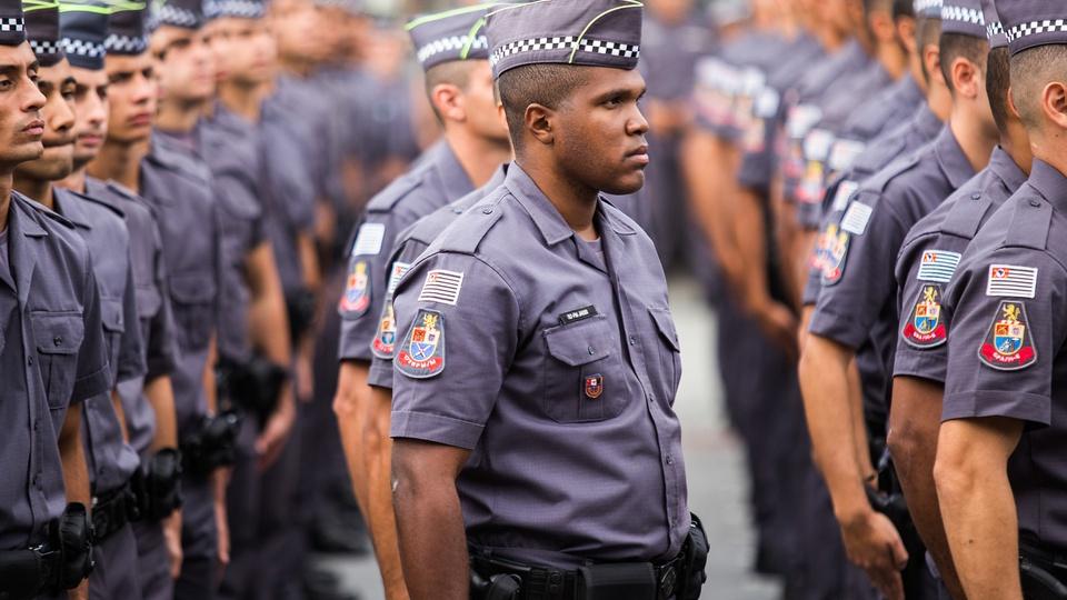 Dória anuncia contratação de 5.875 policiais para São Paulo, policiais militares