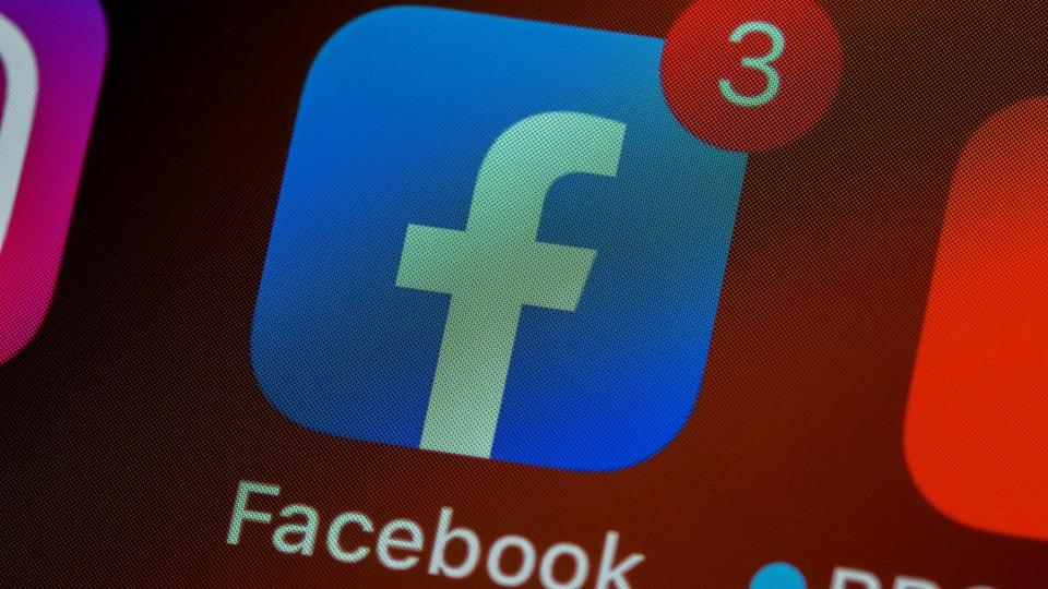 Facebook abre vagas de estágio, logo do Facebook