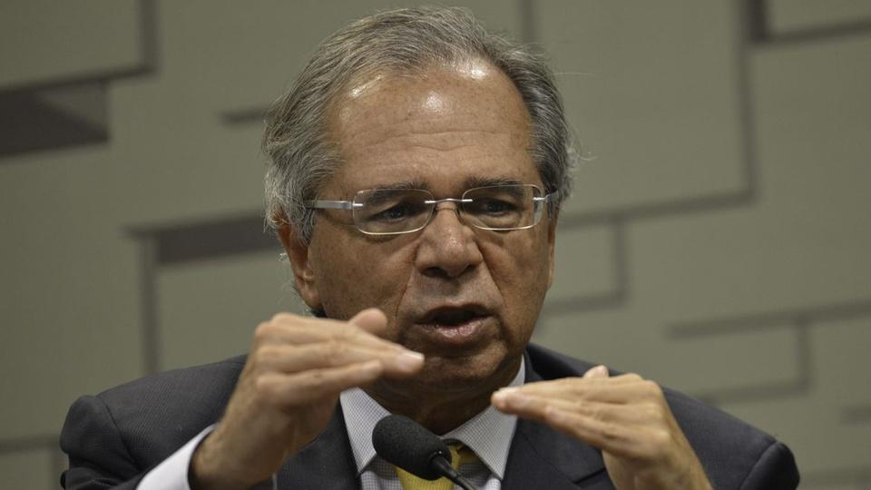 Auxílio para qualificação de jovens: Paulo Guedes em pronunciamento