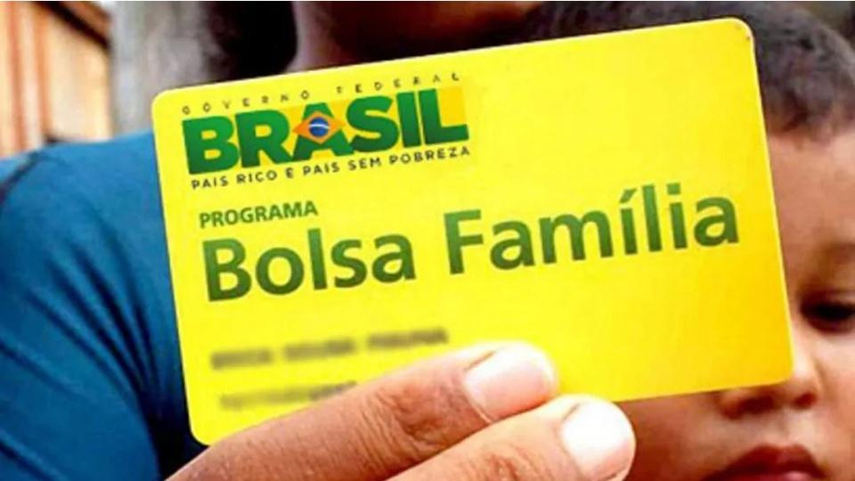 Governo quer que cadastros do Bolsa Família sejam via aplicativo; Cartão do Bolsa Família