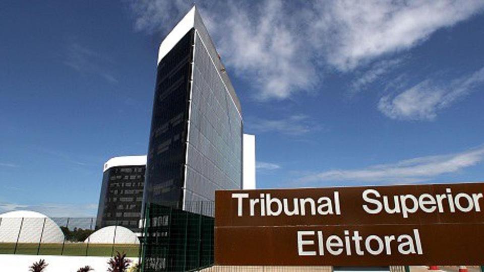 concurso tre: a imagem mostra a faixada do tribunal superior eleitoral