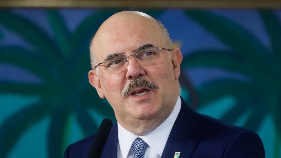 MEC poderá sofrer cortes de R$ 4,2 bilhões em despesas no ano de 2021: enquadramento médio em Milton Ribeiro, ministro da Educação no Brasil