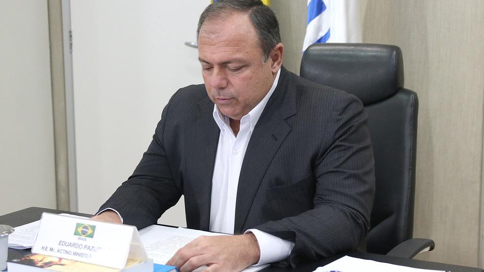Pazuello afirma que resolverá irregularidades em seletivo na Saúde, Eduardo Pazuello