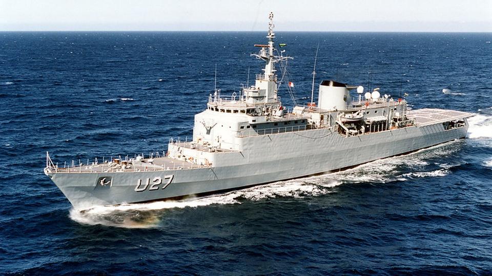 processo seletivo marinha smv praças: a imagem mostra o navio U 27 no mar
