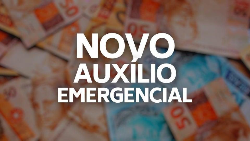 """Solicitar auxilio emergencial 2021: fundo desfocado com cédulas de real. Em destaque, texto """"Novo Auxílio Emergencial"""""""