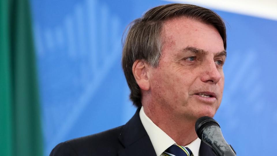 Reforma administrativa em 2021: enquadramento fechado no rosto de Jair Bolsonaro