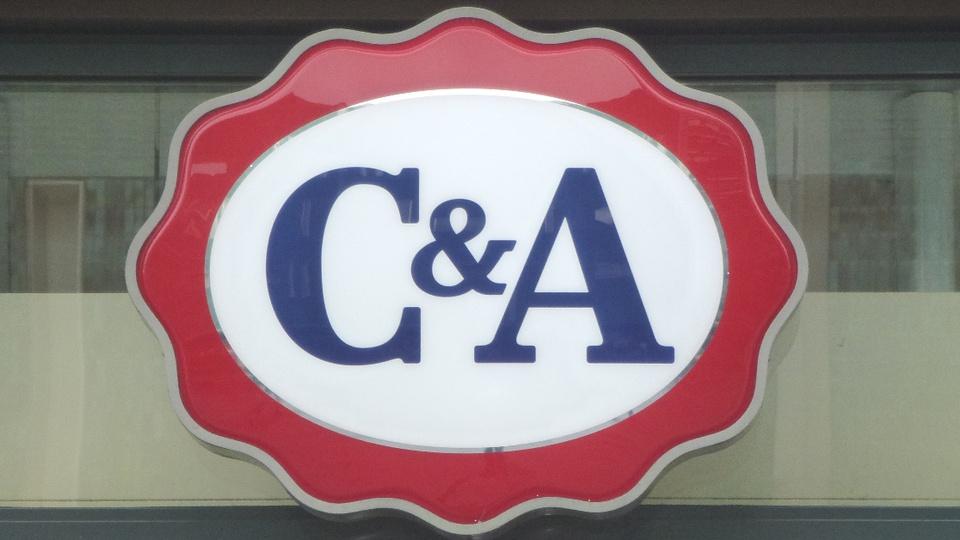 Vagas de emprego na C&A: logo de uma loja da C&A na Holanda